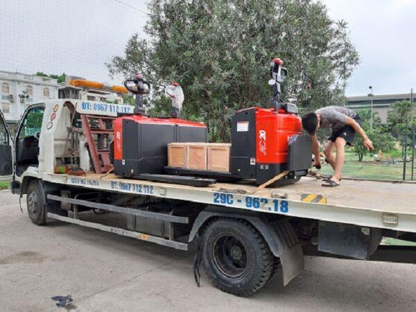 Giao lô xe nâng tay điện 2 tấn Heli cho khách hàng tại bình dương