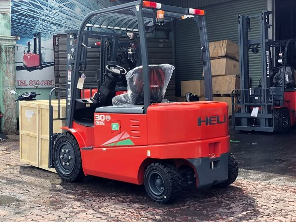 xe nâng điện 3 tấn Lithium Heli