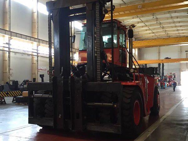 khung xe nâng dầu 42 tấn heli