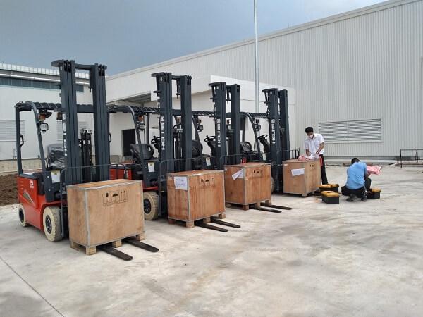 Bình Minh đại lý cung cấp xe nâng điện lithium 1.5 tấn chính hãng
