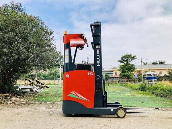xe nâng điện reach truck đứng lái 1.5 tấn heli